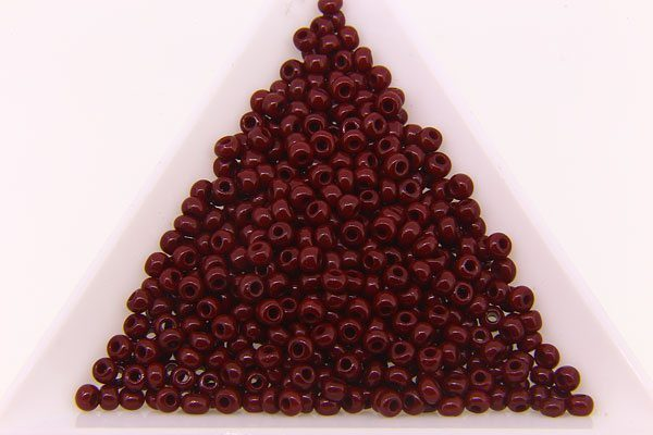Preciosa Seed Beads Size 8. 10g pack