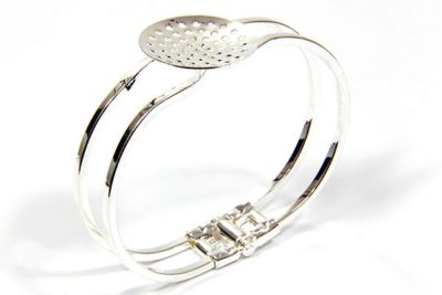 Bangle With Shower