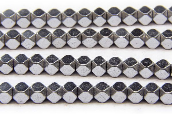 Silver 3mm Facetted Hematite Cubes