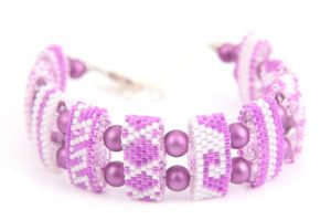Frangipani Riviera Carrier Bead Bracelet Kit