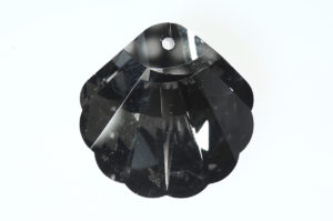 Black Diamond Shell Crystal Pendant