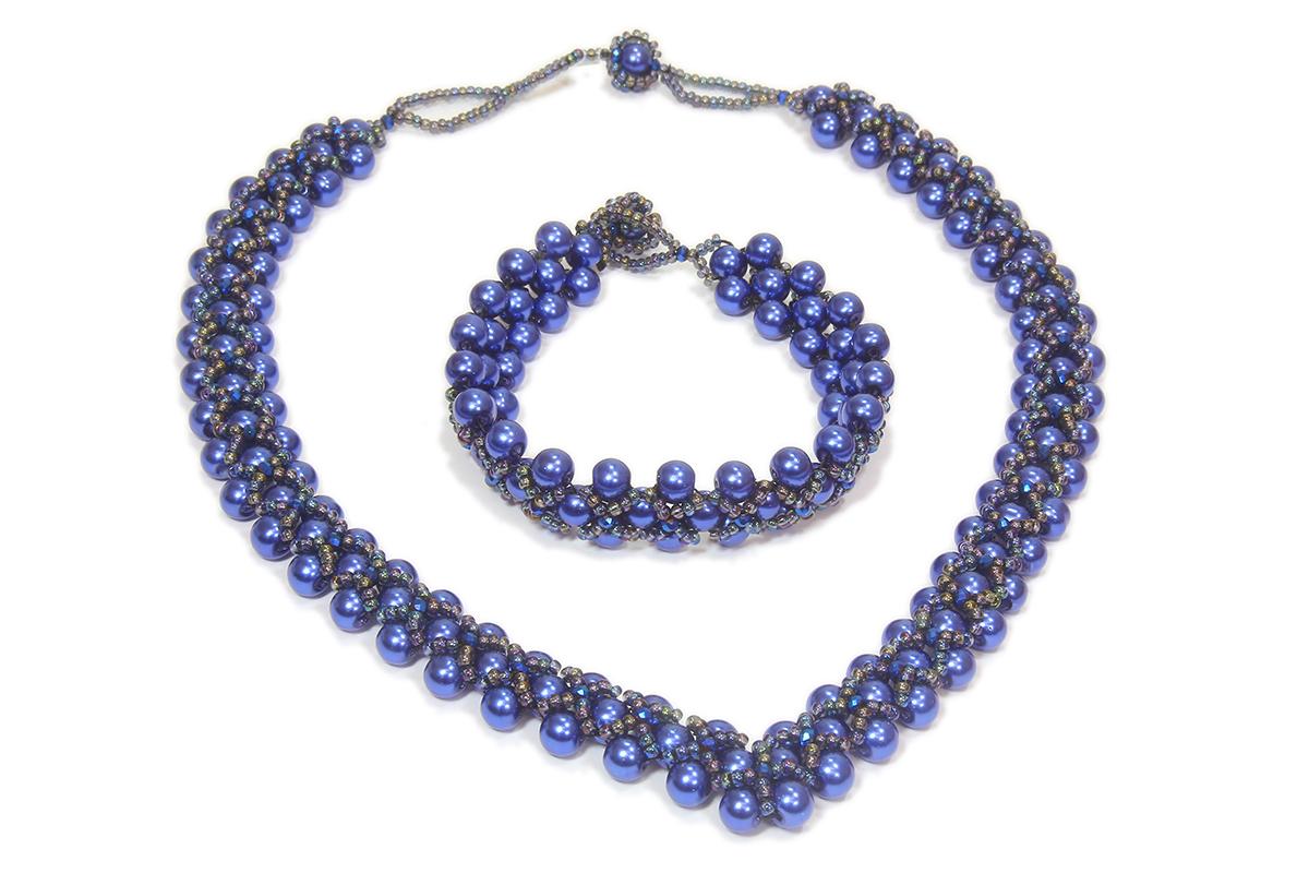 Elegance Blue Velvet
