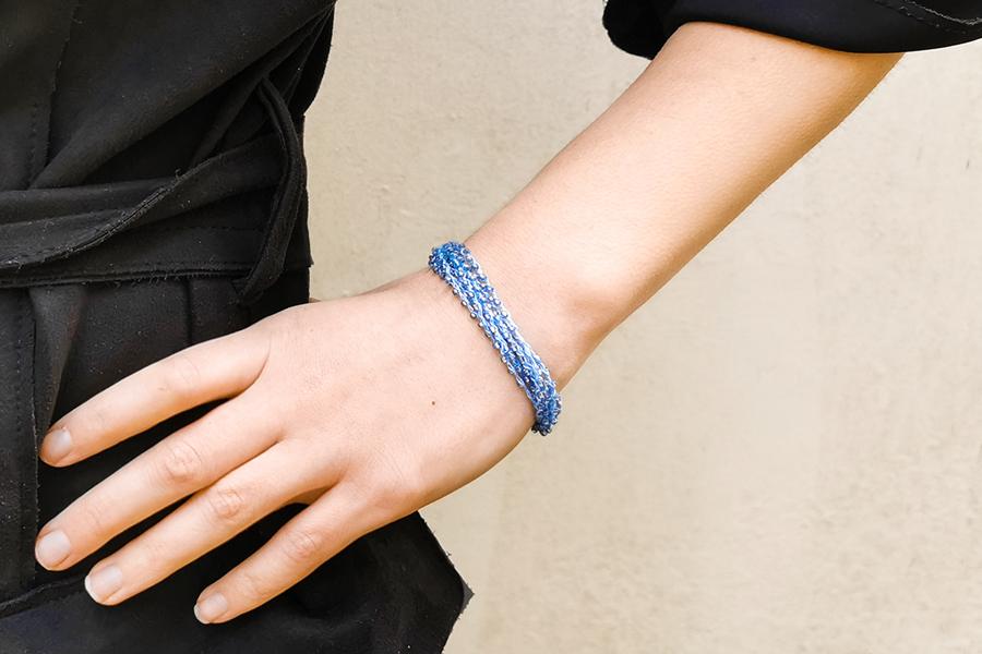 beaded-thread-bracelet