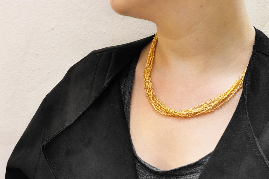 beaded-thread-necklace