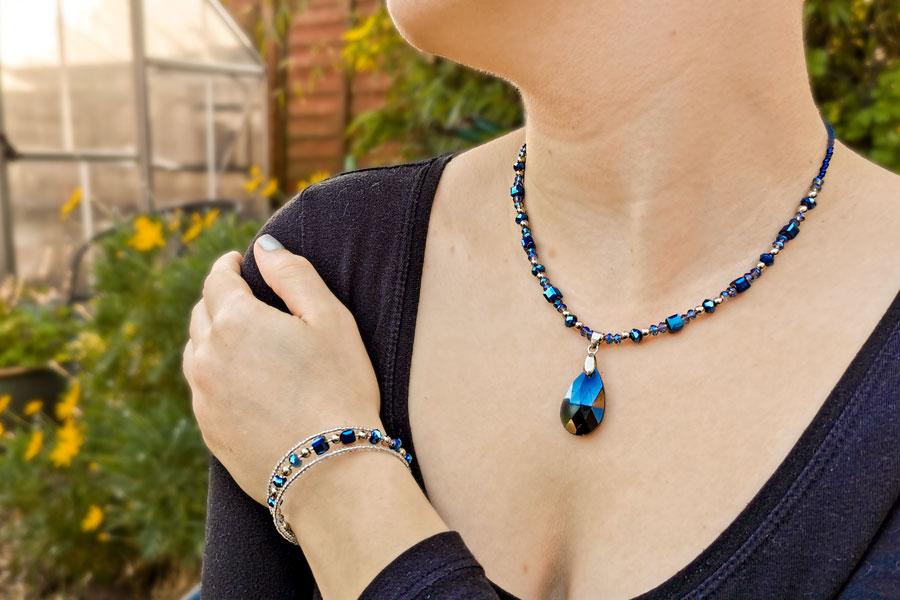 maxine-pendant-necklace