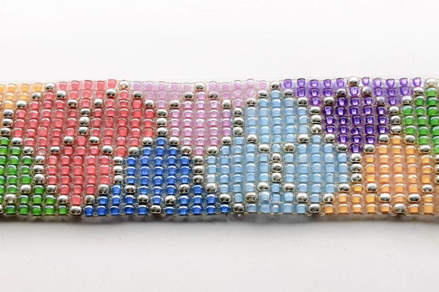 harlequin-bracelet-pattern